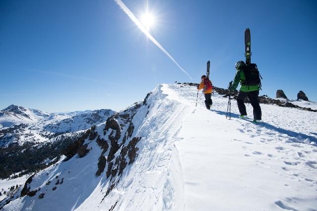 Lake tahoe ski resorts where to ski and snowboard in tahoe for Kirkwood elevation