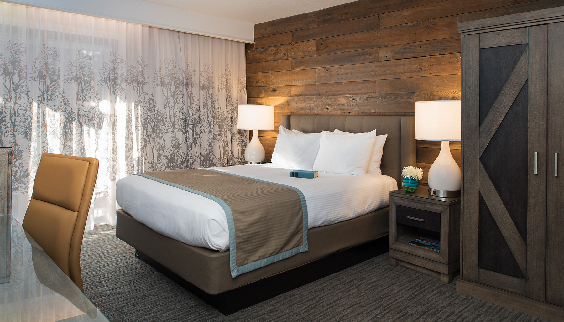 Single Queen South Lake Tahoe Accommodations Hotel Azure